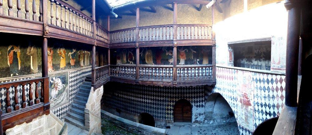 Castello di fenis un pomeriggio alternativo in valle d 39 aosta for Piani scozzesi della casa del castello dell altopiano