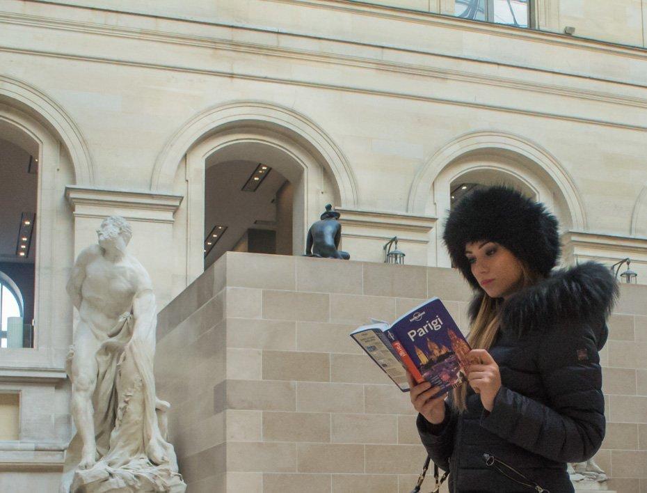 Luovre internal Stylentravel week end a Parigi