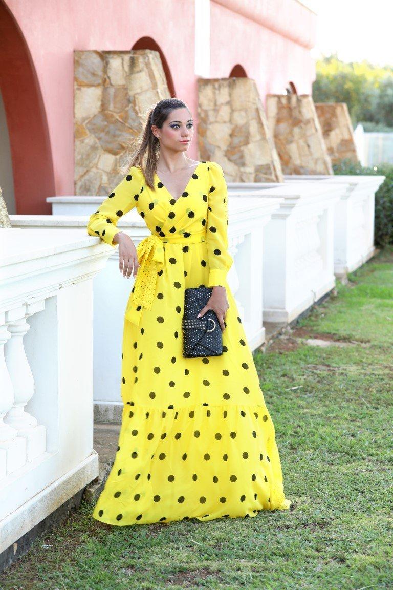 abito giallo a pois neri